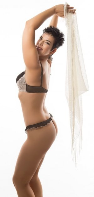 Celyna outcall escort in Cary NC
